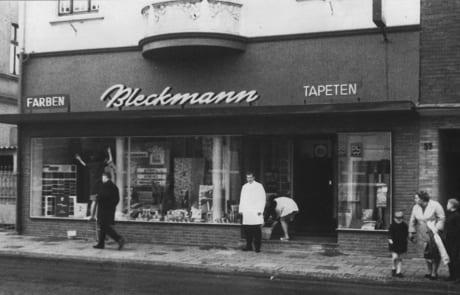Historisches Foto (1955) von Tapeten-Teppichboden Bleckmann in Duisburg